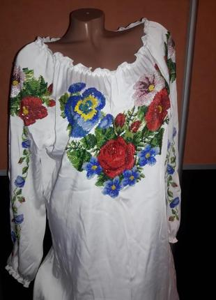 Шикарное платье вышиванка бисер 48-50