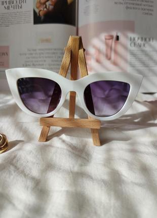 Очки окуляри солнцезащитные солнце кошечки кошачий глаз белые темные новые4 фото