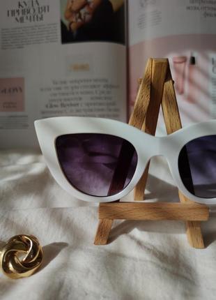 Очки окуляри солнцезащитные солнце кошечки кошачий глаз белые темные новые5 фото