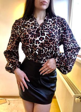 Леопардовая блуза с объёмными рукавами zara