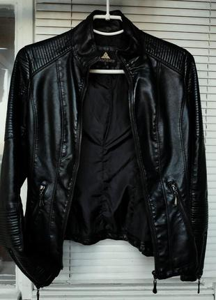 Кожаная куртка косуха  эко  кожа