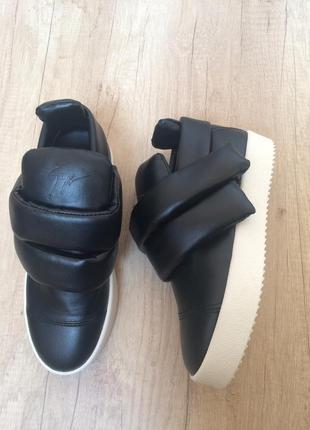 Кроссовки слипоны сникерсы