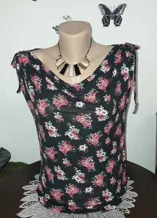 Блуза в актуальный цветочный принт, распродажа.