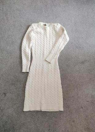 Шерстяное вящаное платье слоновая кость