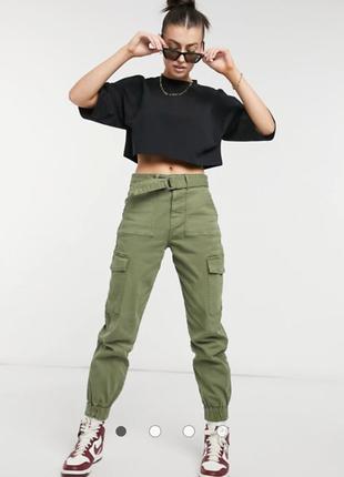 Джинсы штаны цвета хаки