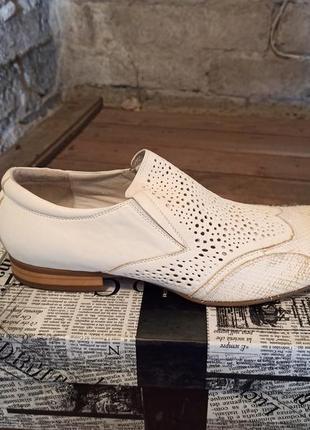 Натуральная кожа туфли перфорация