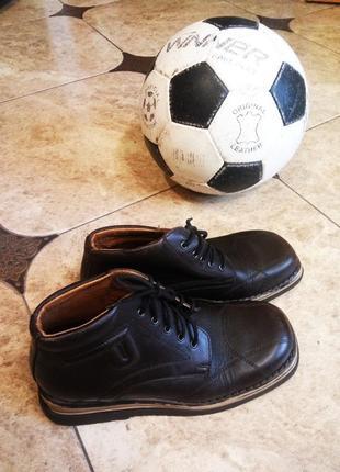 Кожаные ботинки дерби фирмы dami р.36 на мальчика
