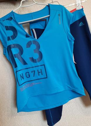 Спортивная футболка  reebok. спортивный топ йога, фитнес