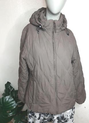 Весенняя куртка. новая куртка. спортивная куртка.