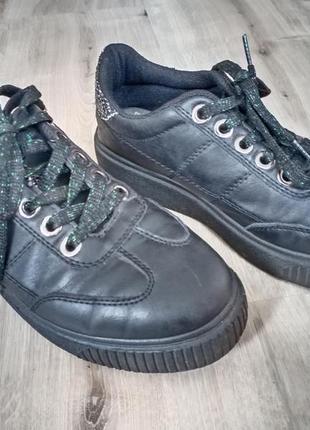 Стильные кроссовки сникерсы кеды р. 37 eur, стелька 23,5 см