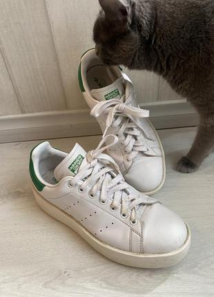 Белые кроссовки stan smith adidas на платформе