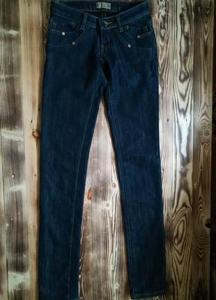 Очень теплые джинсы на 24-25 размер
