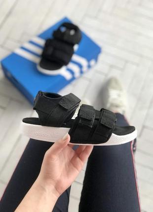 Adidas adilette sandals босоніжки сандалии сандалі боссоножки
