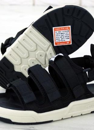 Босоніжки сандалі new balance sandal боссоножки сандалии