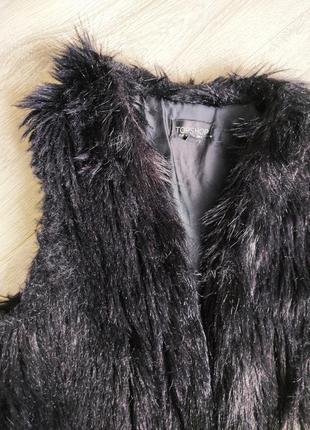 Меховая накидка жилетка безрукавка