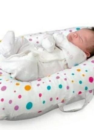 Домик-капсула в роддом для новорожденных
