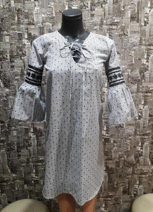 Брендовое платье фирмы primark