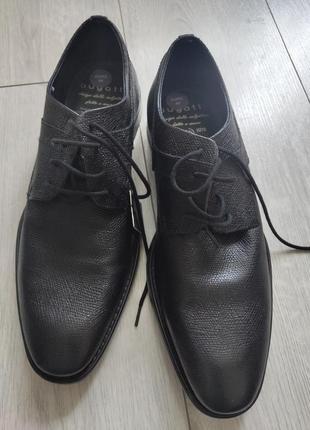 Bugatti туфлі, нові