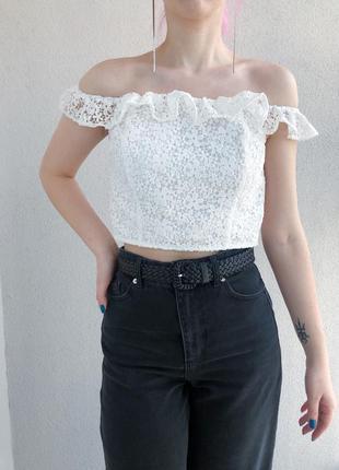 Белая кружевная блуза топ