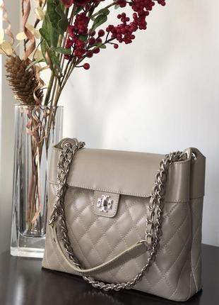 Итальянская кожаная сумка bag hunter серо-бежевый цвет