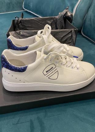 Базовые белые кеды blauer