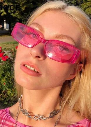 Тренд розовые узкие очки солнцезащитные прямоугольные ретро 90-е окуляри сонцезахисні