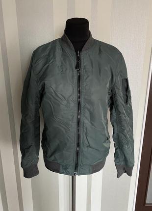 Классный двухсторонний бомбер куртка хаки на молнии
