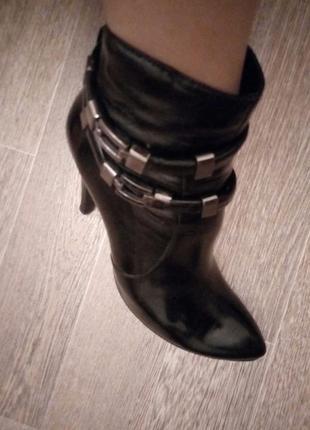Кожаные ботинки,ботильены
