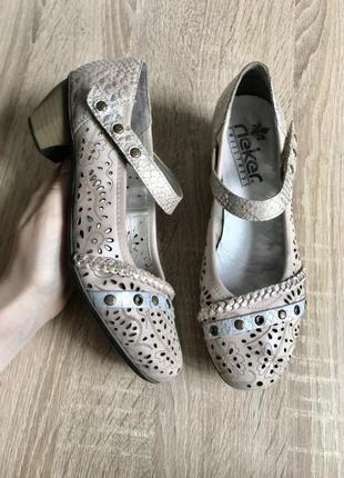 Rieker 37 р кожа туфли балетки туфлі мокасины