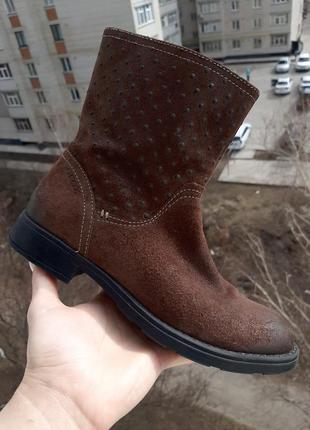 Иьальянские весенние кожаные ботинки полусапоги от geox