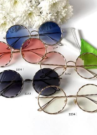 Солнцезащитные очки с красными линзами модные металлическая оправа