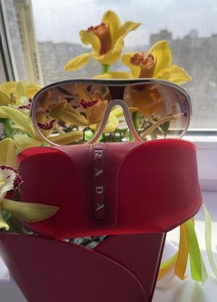Солнцезащитные очки prada,оригинал