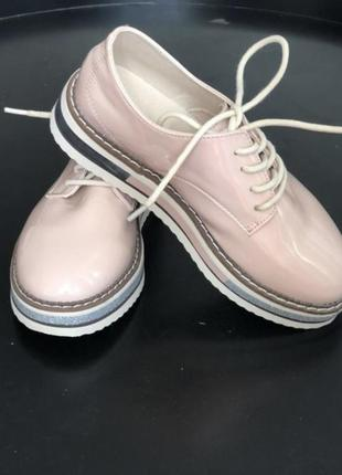 Туфли на девочку zara