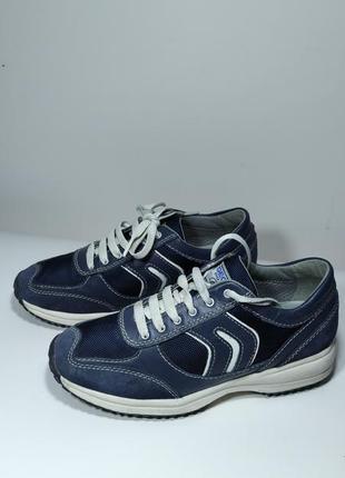 Оригинальные кроссовки geox р.36,5 (23 см)