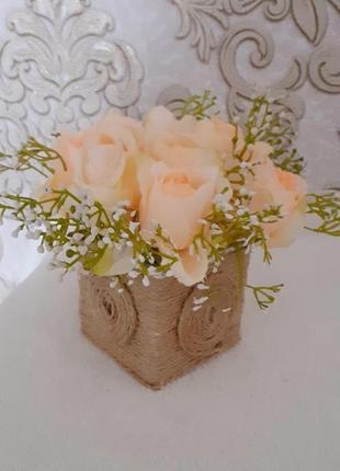 Букет троянда персикова тичинка