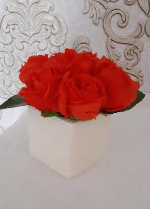 Букет троянда червона