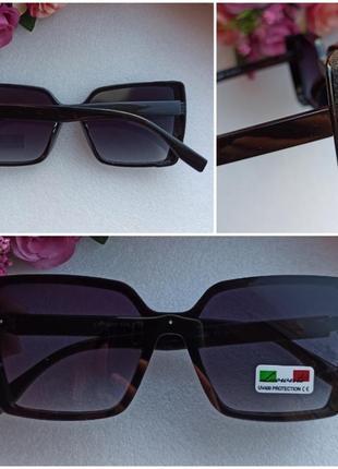 Новые стильные очки с мерцающим блеском по бокам, черные