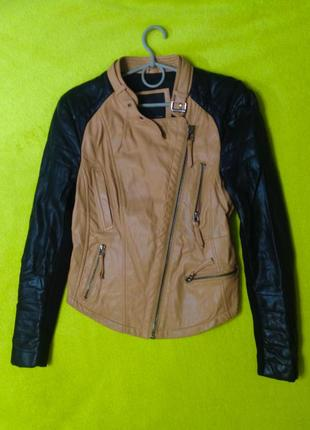 Куртка zara двухцветная размера с-м