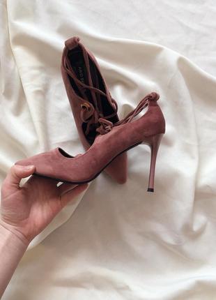 Шикарні замшеві велюрові туфлі