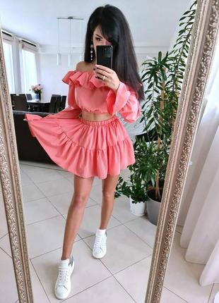 Костюм юбка шорты и топ со спущенными плечами1 фото