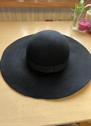 Шляпа чёрная шерстяная