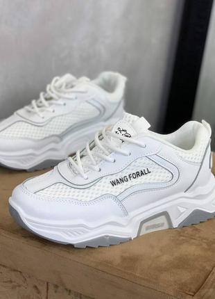 Кроссовки белые эко кожа стильные