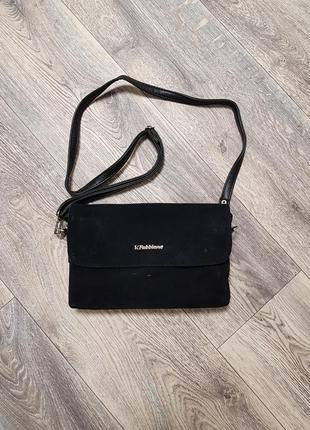 Замшевая сумочка на плечо