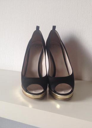 Продам туфли dsquared2 оригинал!1500грн.