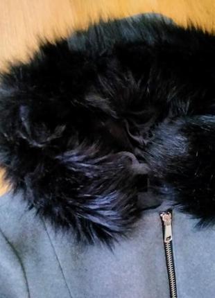 Пальто демисезонные с капюшоном