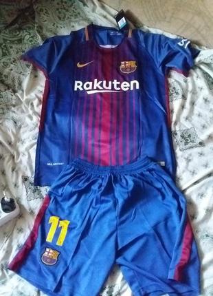 Спортивная форма . шорты и футболка