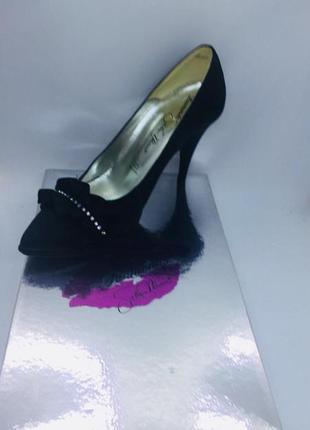 Valeria marini италия новые кожаные туфли вечерние атлас 36,37 размер