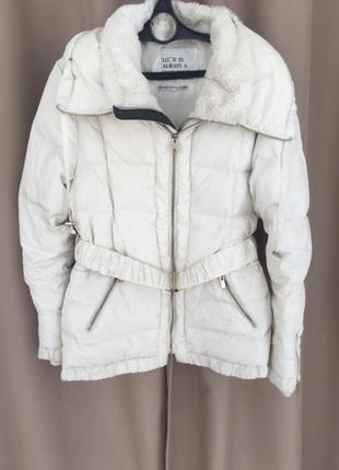 Курточка молочного цвета, теплая белая