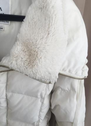 Курточка молочного цвета, теплая белая2 фото