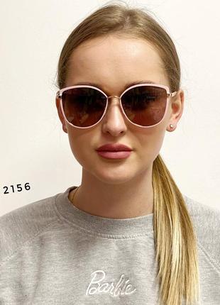 Модні сонцезахисні окуляри в рожевій оправі к. 2156